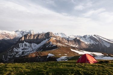 キャンプ1泊の予算は家族で行くと平均いくら?費用の内訳など