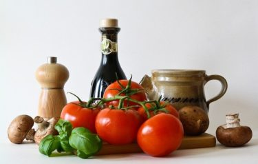 血糖値を上げない食べ物や食べ方!ダイエットを成功させるポイントや食事