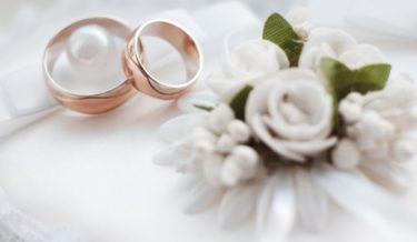 入籍日や婚姻届提出先の決め方は?よいタイミング、人気の場所は
