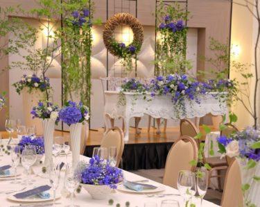 結婚式で安い時期、高い時期は?各月のメリット、デメリットも紹介