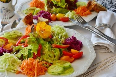 ダイエットに人気の野菜サラダドレッシングレシピ!糖質、脂質カット