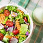 ダイエットに人気のサラダレシピ!作り置きレシピで毎食やお弁当にも