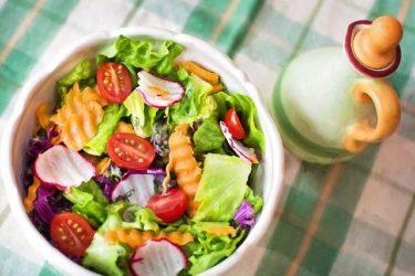 ダイエットに人気の野菜サラダレシピ!作り置きでお弁当にも