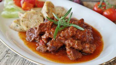人気の牛肉 定番レシピ!ビーフシチュー・トマト煮・すき焼きなど